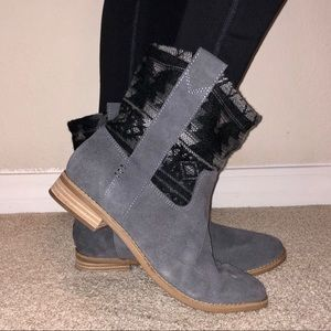 "Toms ""Laurel"" Grey Suede Tribal  booties"